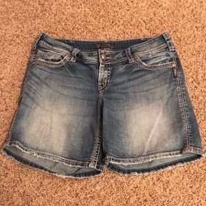 Silver Jeans Suki Surplus Shorts